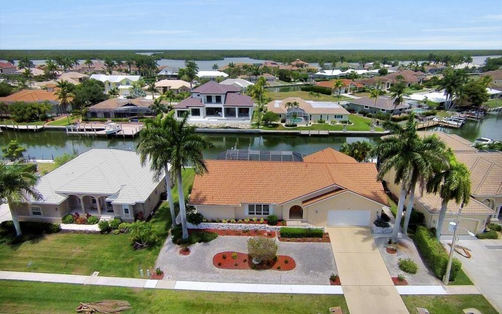 179 Dan River Ct, Marco Island - House For Sale 1795059926