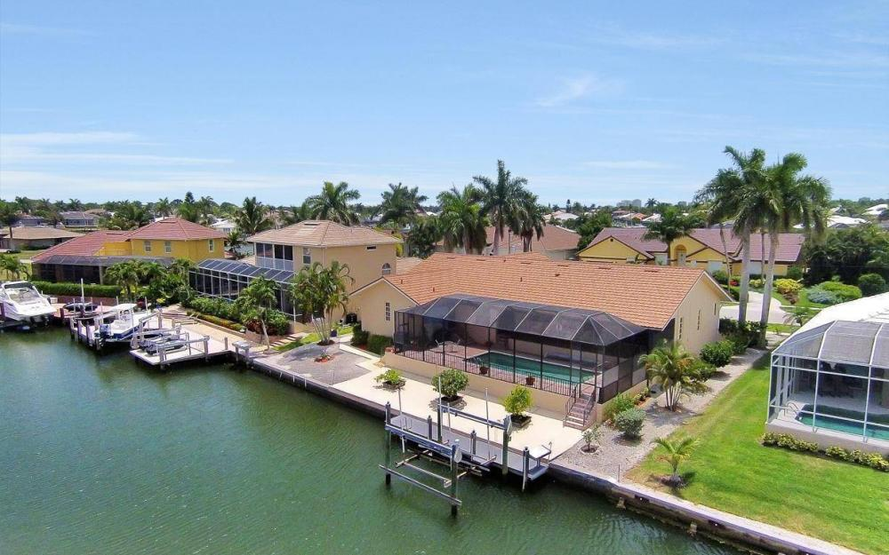 179 Dan River Ct, Marco Island - House For Sale 74531829