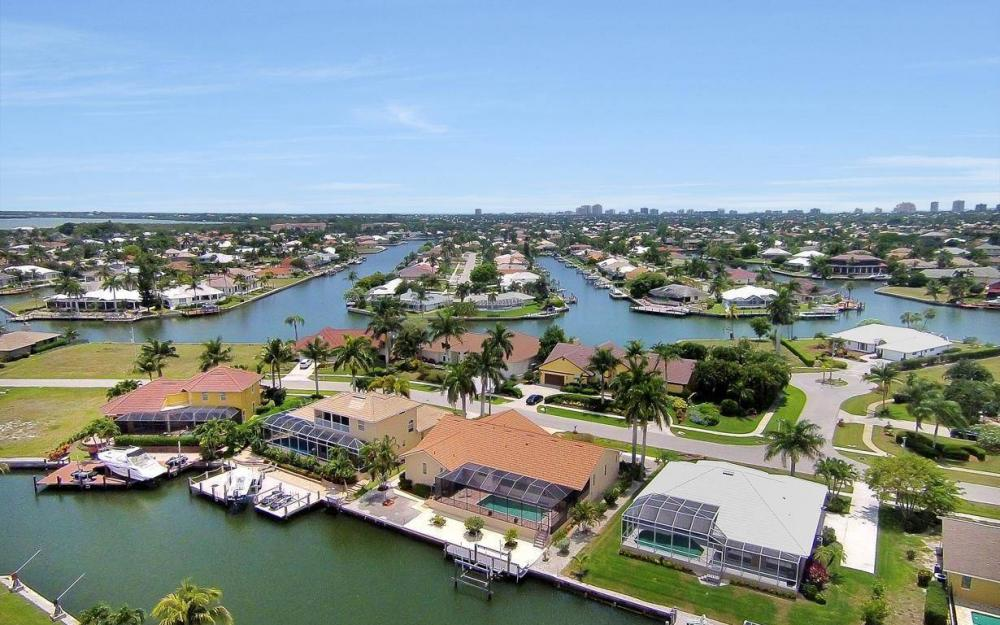 179 Dan River Ct, Marco Island - House For Sale 1009207890