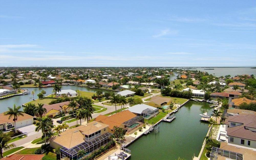179 Dan River Ct, Marco Island - House For Sale 654295021