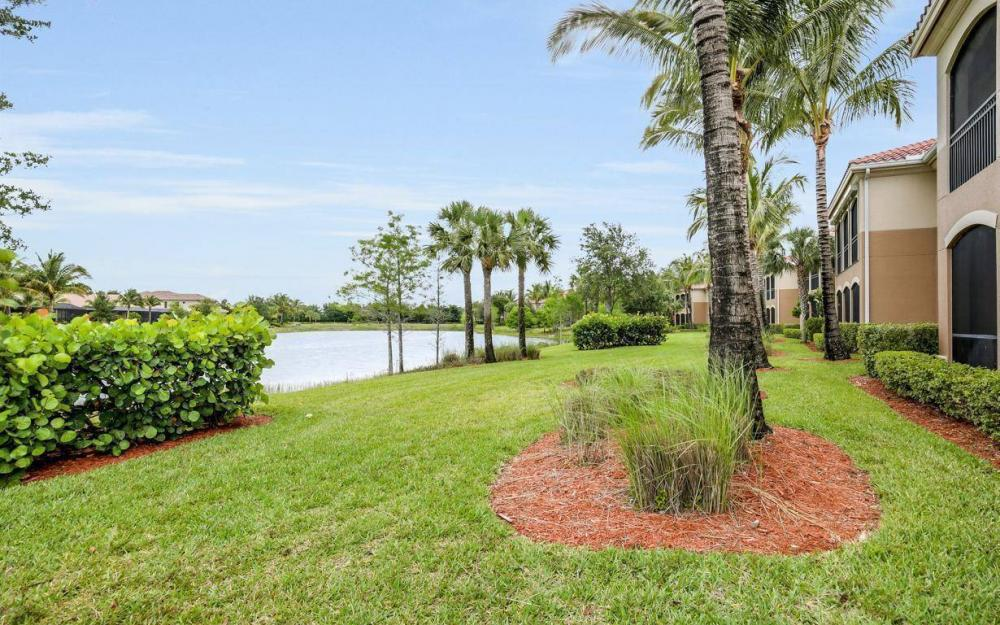 9297 Menaggio Ct #201, Naples - Condo For Sale 2062437802