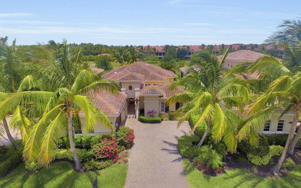9294 Chiasso Cove Ct, Naples - House For Sale 91883184