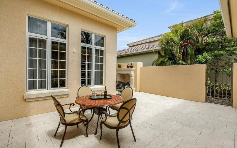 9294 Chiasso Cove Ct, Naples - House For Sale 227064529