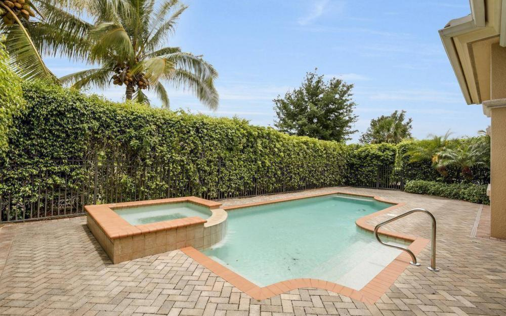 9294 Chiasso Cove Ct, Naples - House For Sale 2060936435