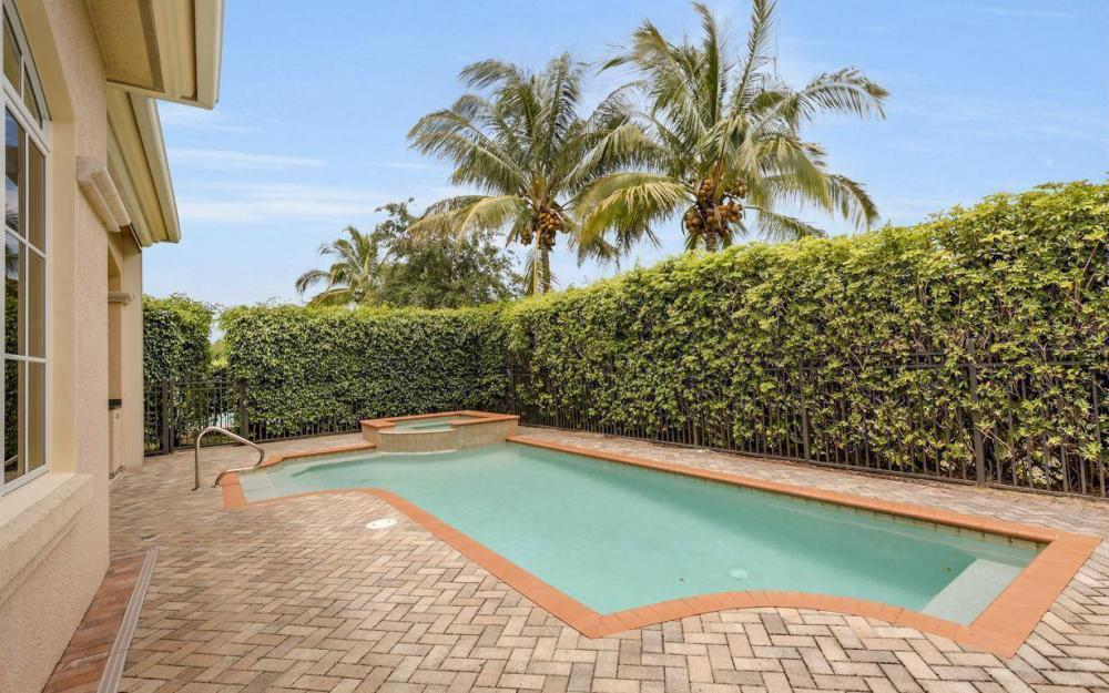 9294 Chiasso Cove Ct, Naples - House For Sale 892896142