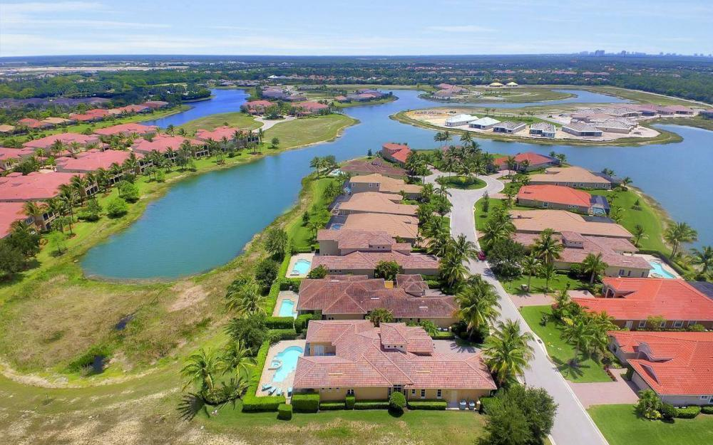 9294 Chiasso Cove Ct, Naples - House For Sale 21290201