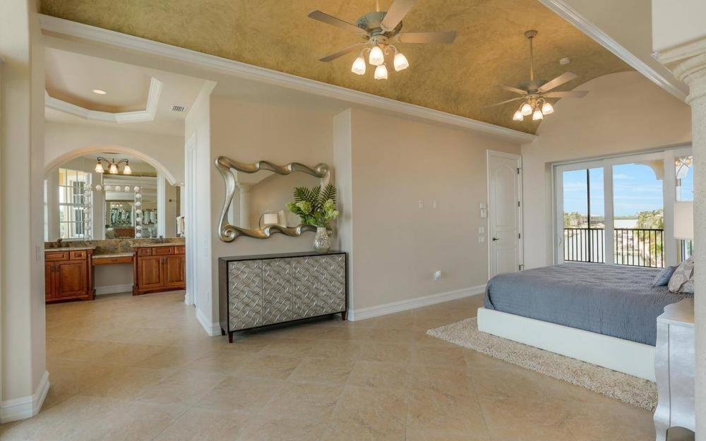 1026 Bald Eagle Dr, Marco Island - House For Sale 577813208