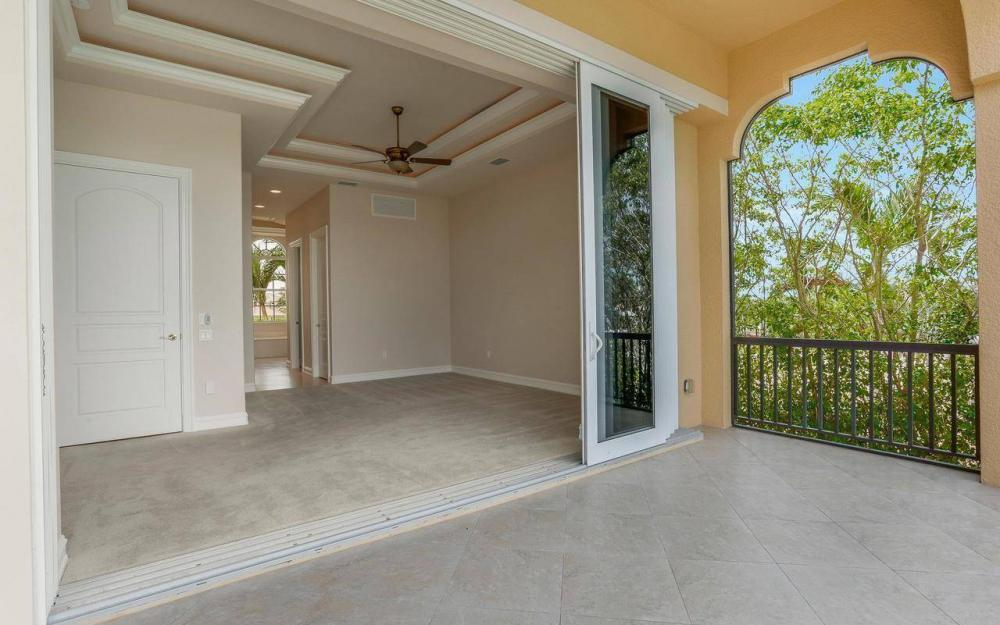 1026 Bald Eagle Dr, Marco Island - House For Sale 1261012172