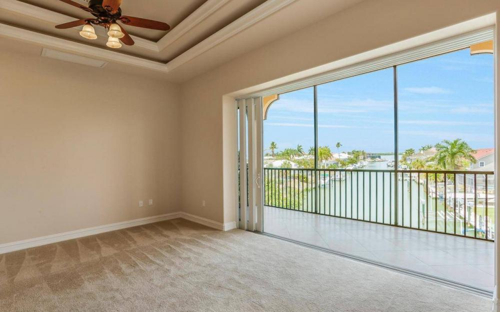 1026 Bald Eagle Dr, Marco Island - House For Sale 1128993300