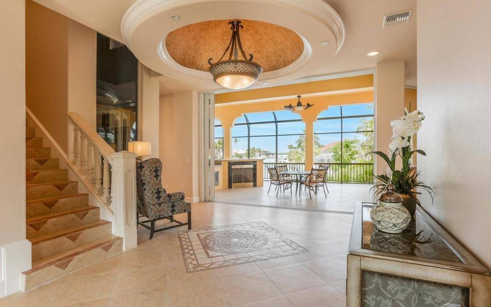 1026 Bald Eagle Dr, Marco Island - House For Sale 864585171