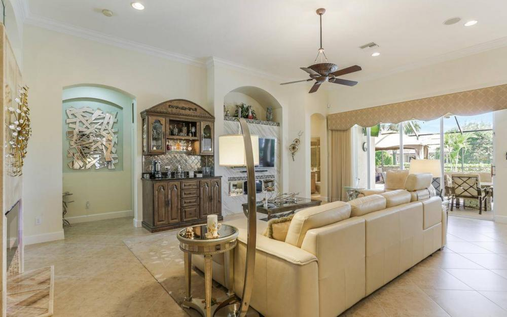 15918 Los Olivos Ln, Naples - House For Sale 1336003177