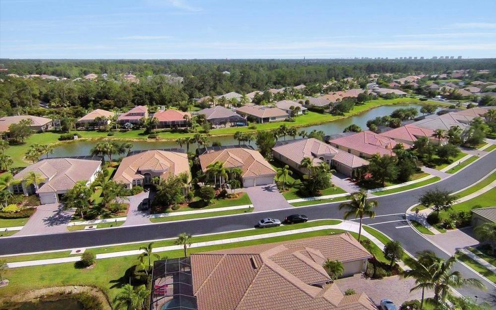 15918 Los Olivos Ln, Naples - House For Sale 40315029