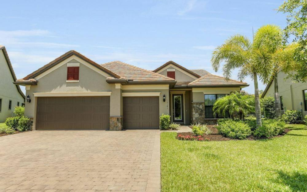 16141 Camden Lakes Cir, Naples - House For Sale 1055687356
