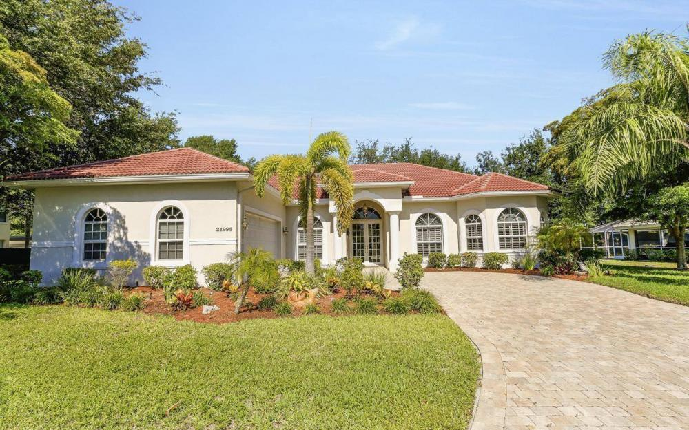 24996 Fairwinds Ln, Bonita Springs - House For Sale 2060593277