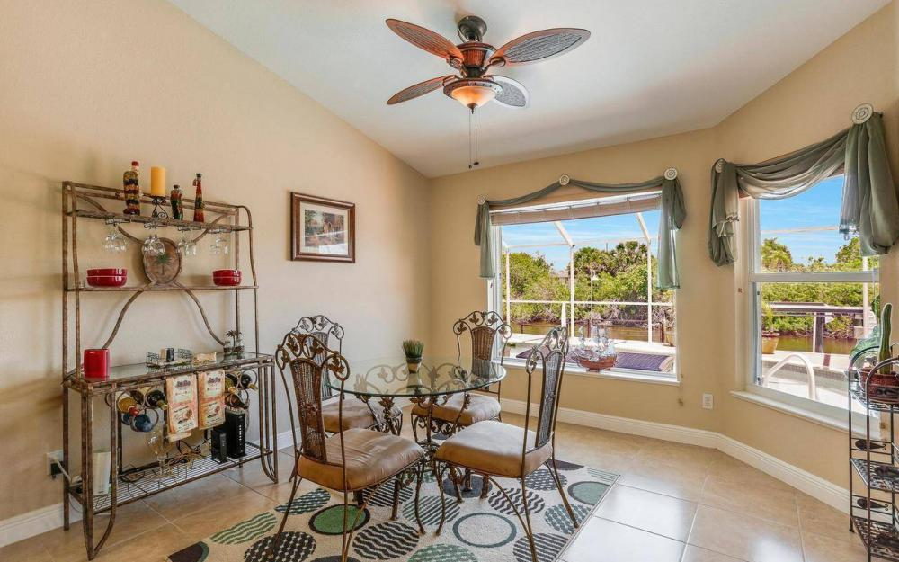 613 SW 43 Ln, Cape Coral - House For Sale 499317