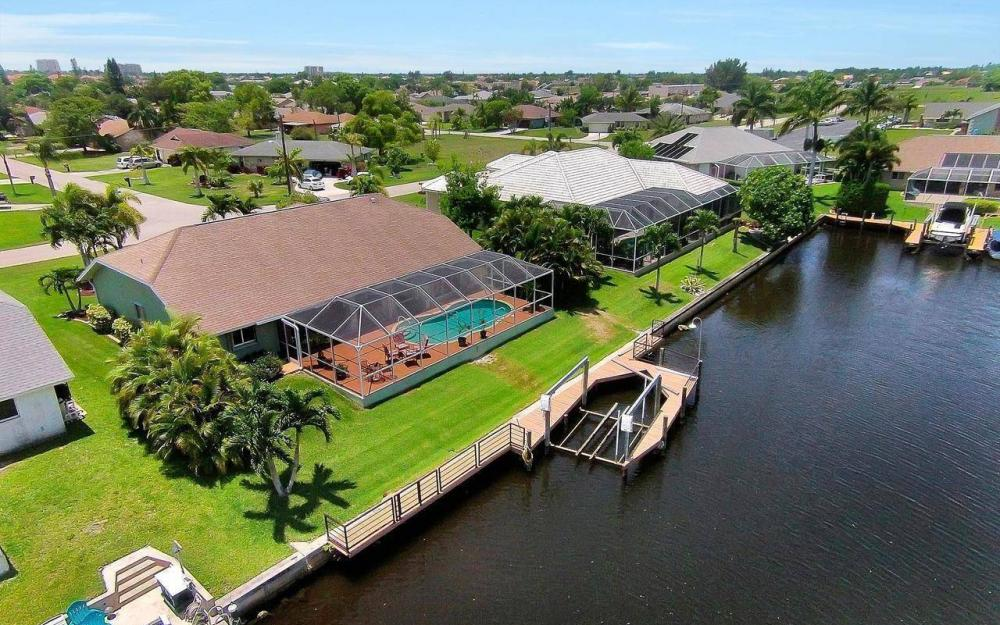 613 SW 43 Ln, Cape Coral - House For Sale 716217623