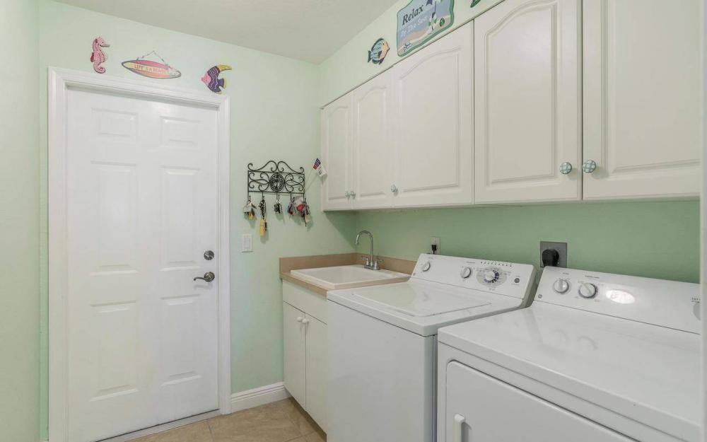 613 SW 43 Ln, Cape Coral - House For Sale 3402868