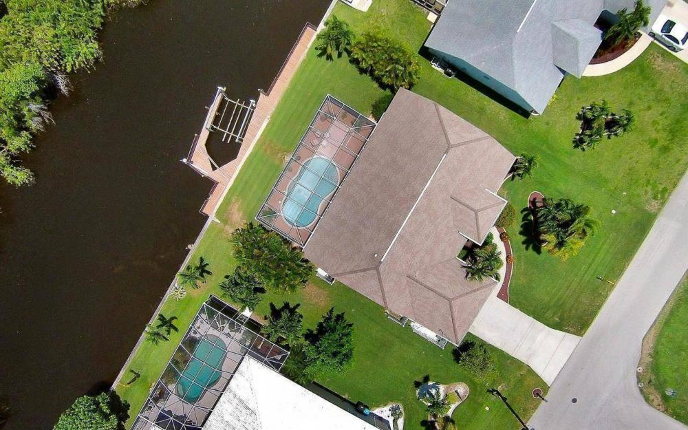 613 SW 43 Ln, Cape Coral - House For Sale 642962092