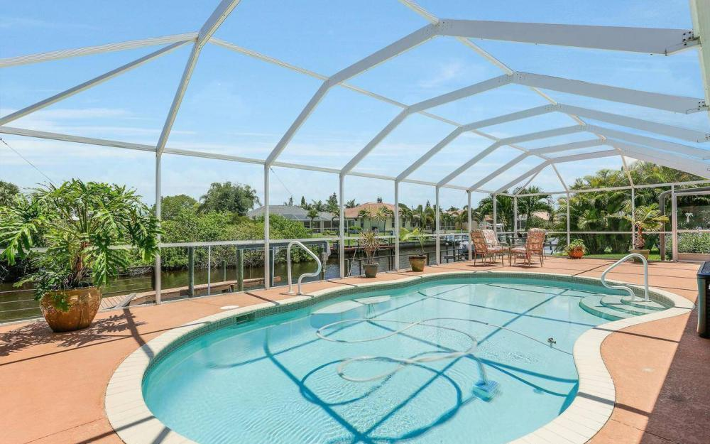 613 SW 43 Ln, Cape Coral - House For Sale 1606136798