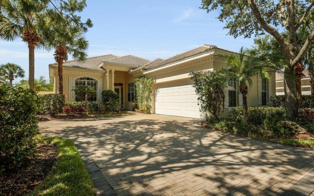 3621 Olde Cottage Ln, Bonita Springs - House For Sale 853758143