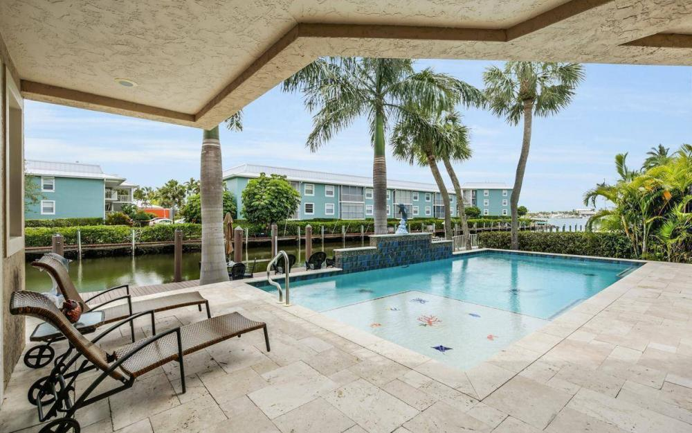 1420 Pelican Ave, Naples - Vacation Rental 248291684