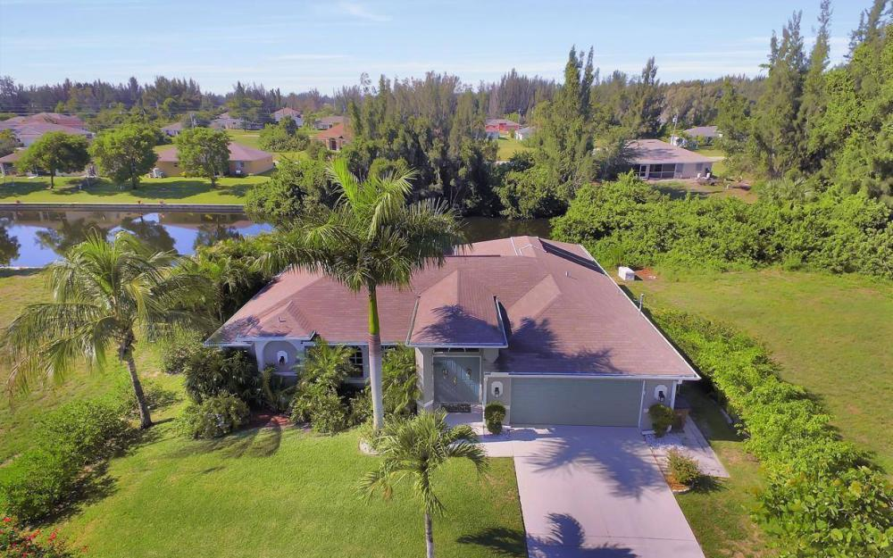 1720 SW 2nd St, Cape Coral - House For Sale 953538993