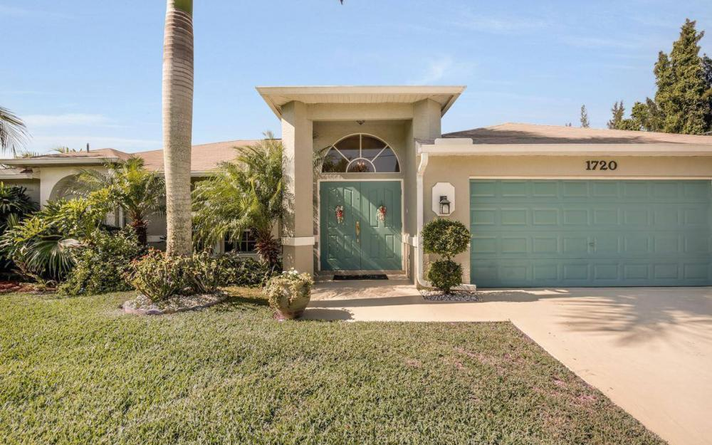 1720 SW 2nd St, Cape Coral - House For Sale 1568442674