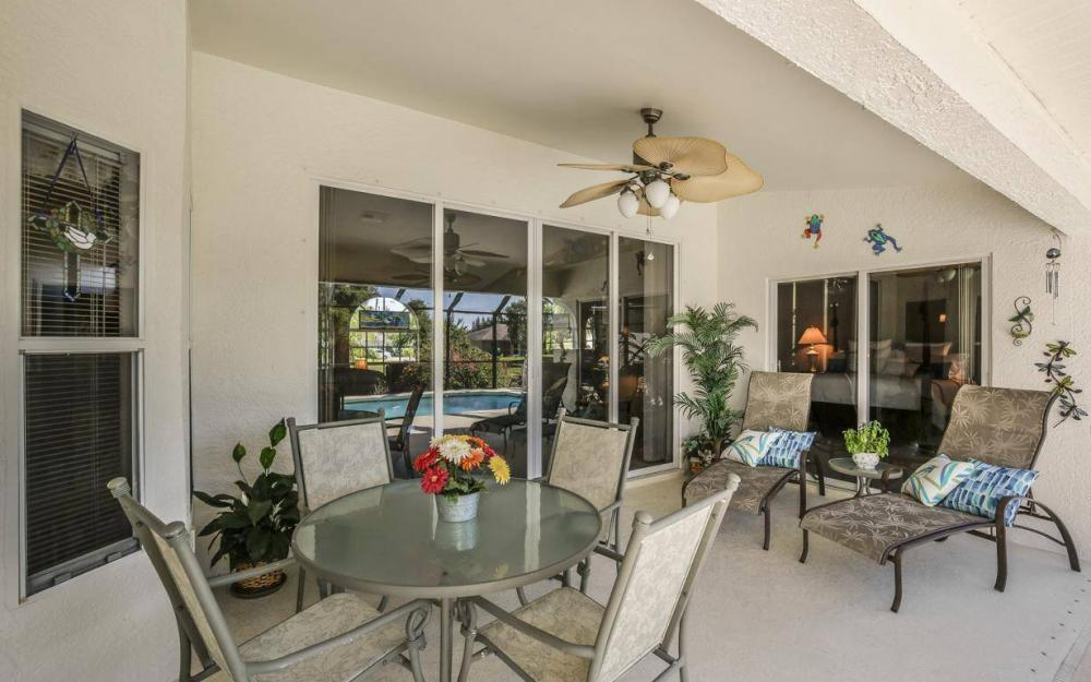 1720 SW 2nd St, Cape Coral - House For Sale 383364119