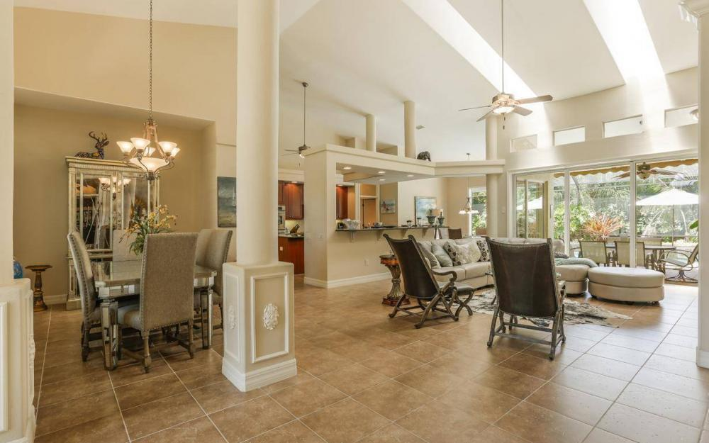 1821 Lagoon Ln, Cape Coral - House For Sale 922087281
