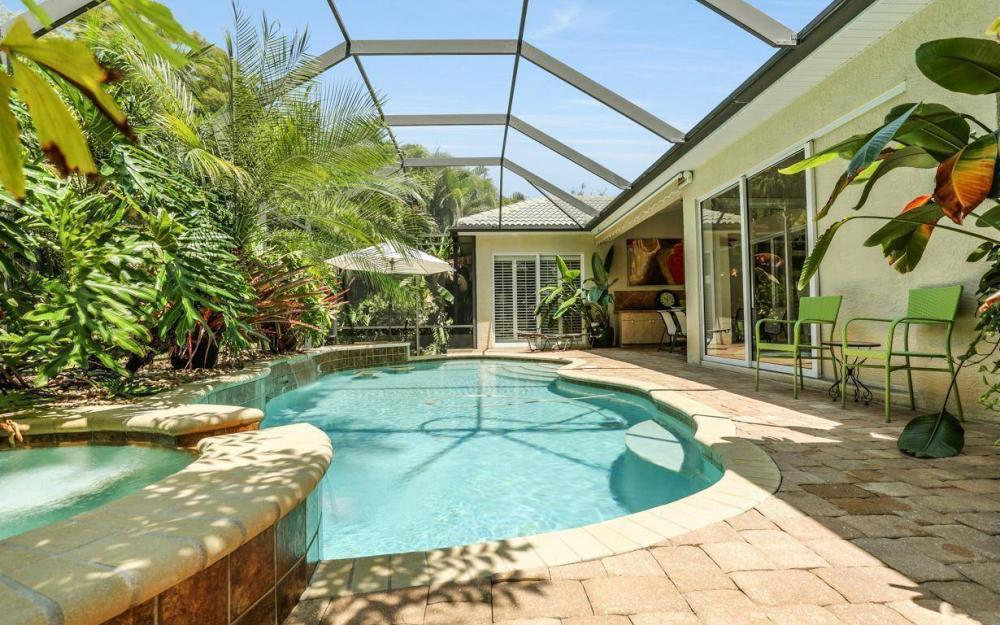 1821 Lagoon Ln, Cape Coral - House For Sale 1079981246