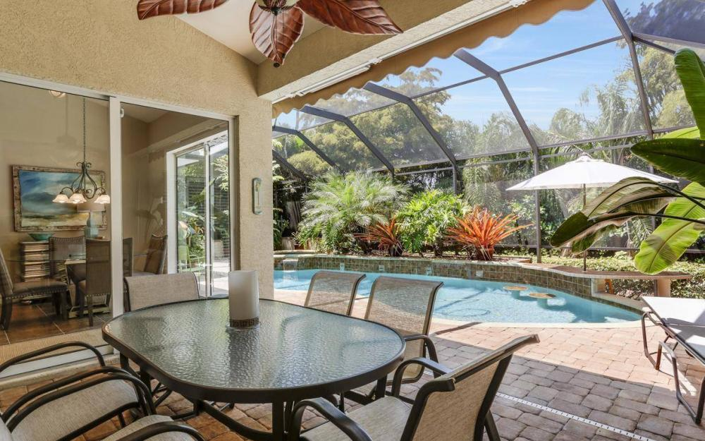 1821 Lagoon Ln, Cape Coral - House For Sale 1723130200
