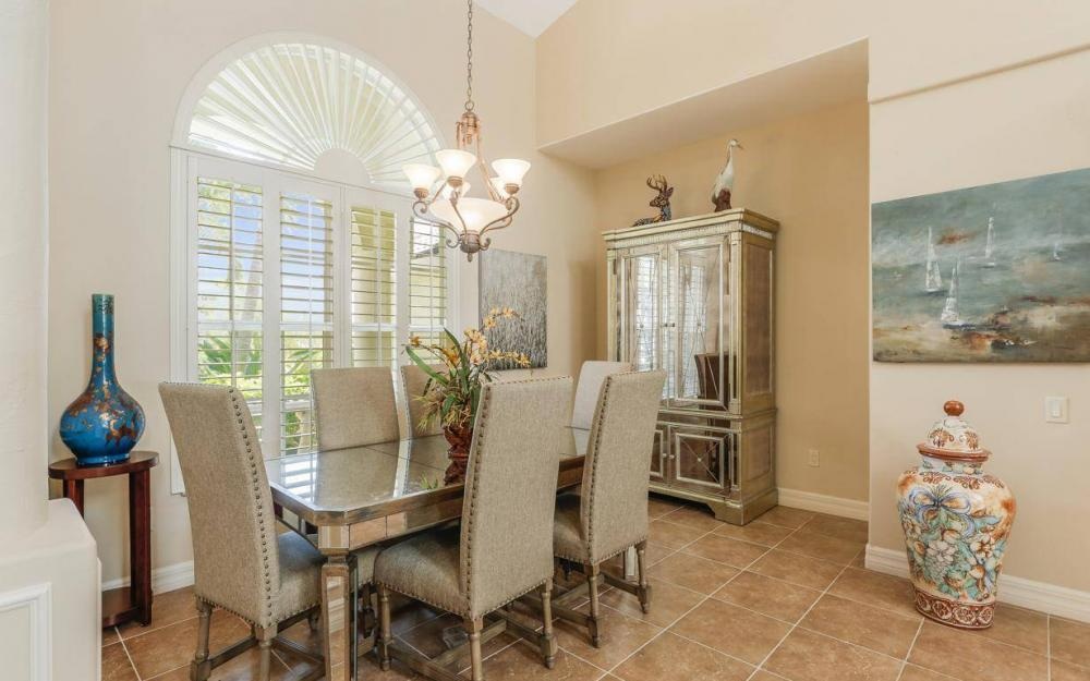 1821 Lagoon Ln, Cape Coral - House For Sale 1804245376