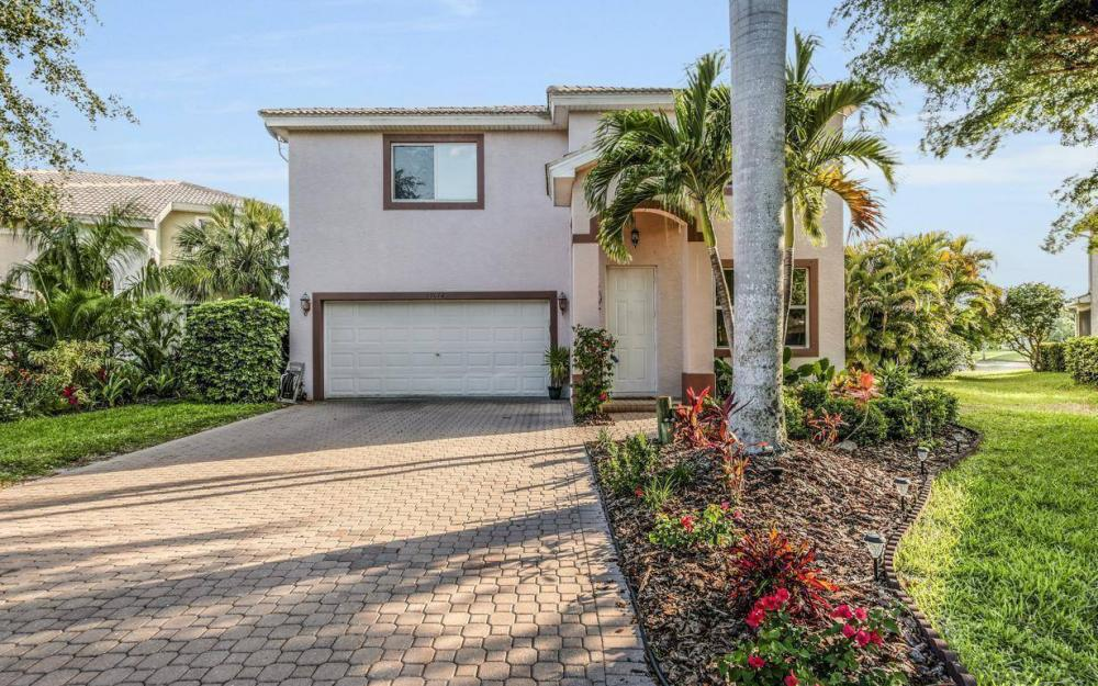 17672 Holly Oak Ave, Fort Myers - House For Sale 1149382567