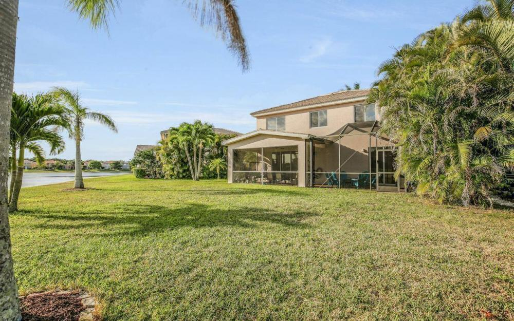 17672 Holly Oak Ave, Fort Myers - House For Sale 634893204