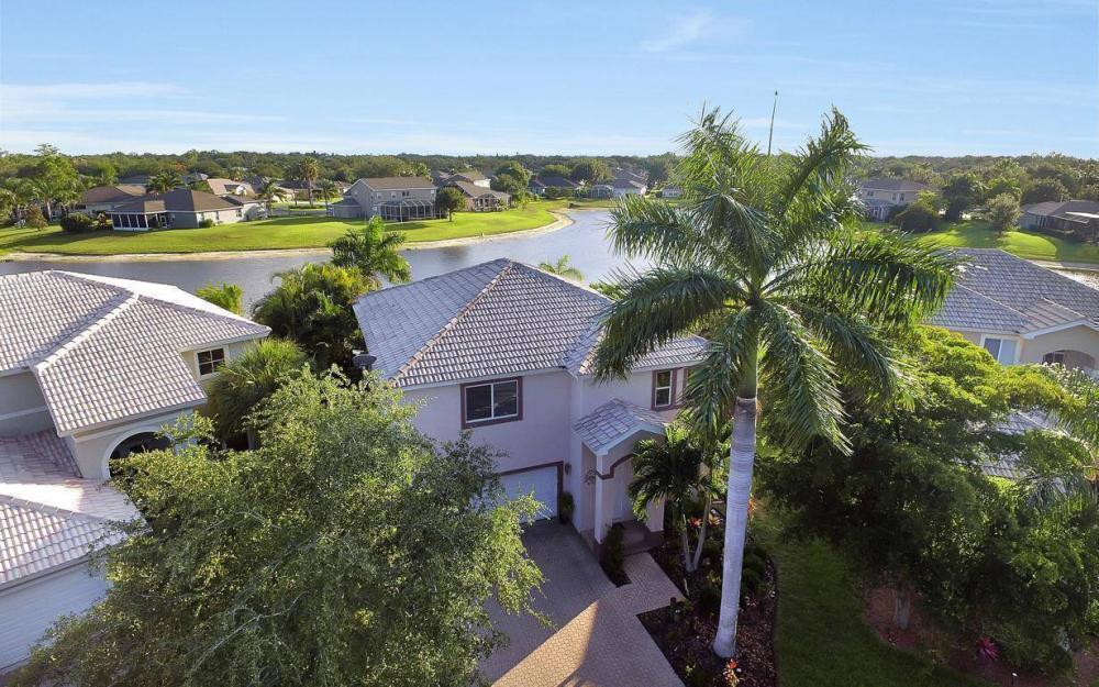 17672 Holly Oak Ave, Fort Myers - House For Sale 48912653