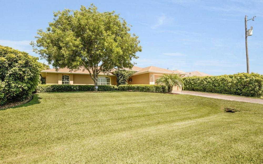 1120 NW 19th Pl, Cape Coral - House For Sale 1236731819