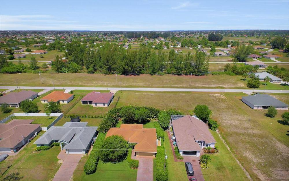 1120 NW 19th Pl, Cape Coral - House For Sale 683759341