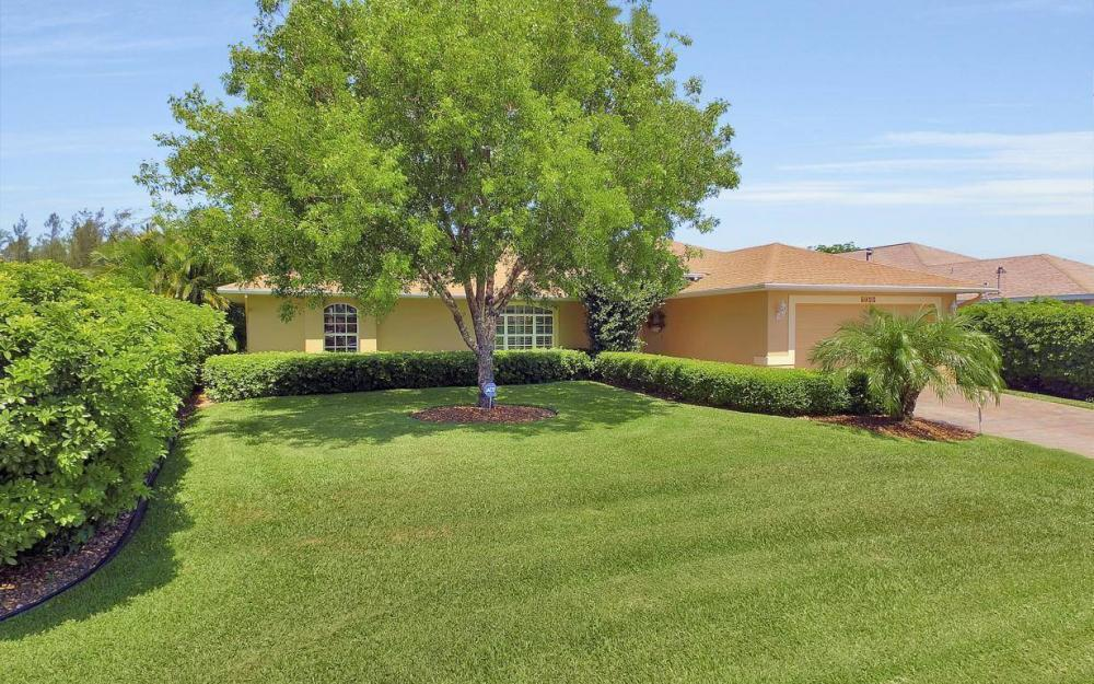 1120 NW 19th Pl, Cape Coral - House For Sale 383590890