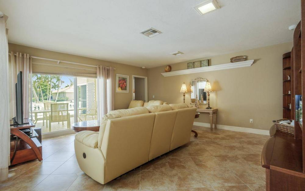1420 Quintara Ct, Marco Island - House For Sale 1741450535