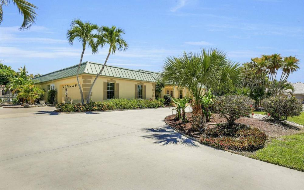 1420 Quintara Ct, Marco Island - House For Sale 970048089