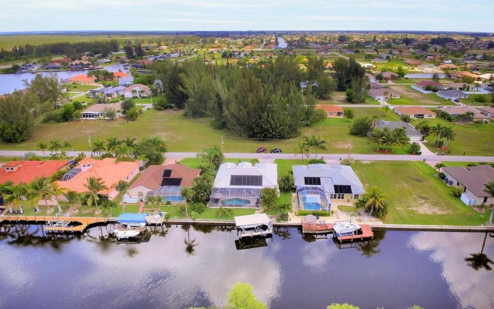 3804 SW 3rd Ter, Cape Coral - House For Sale 1281631325