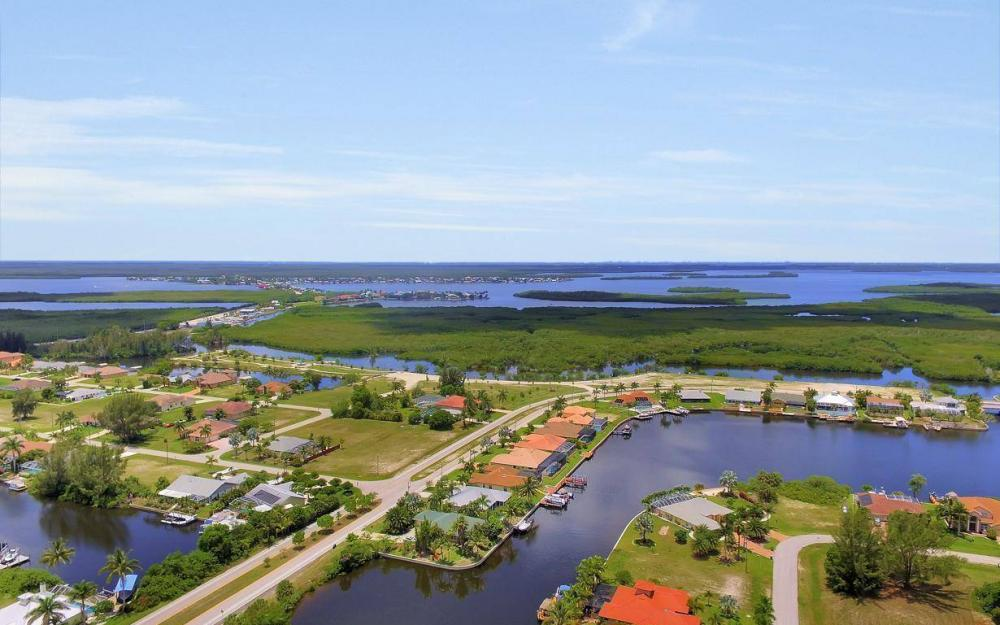 3804 SW 3rd Ter, Cape Coral - House For Sale 2120667168