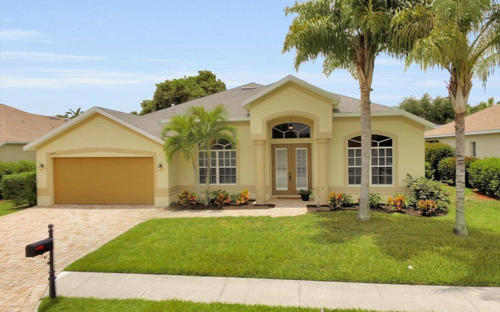 14879 Calusa Palms Dr, Fort Myers - House For Sale 42452447