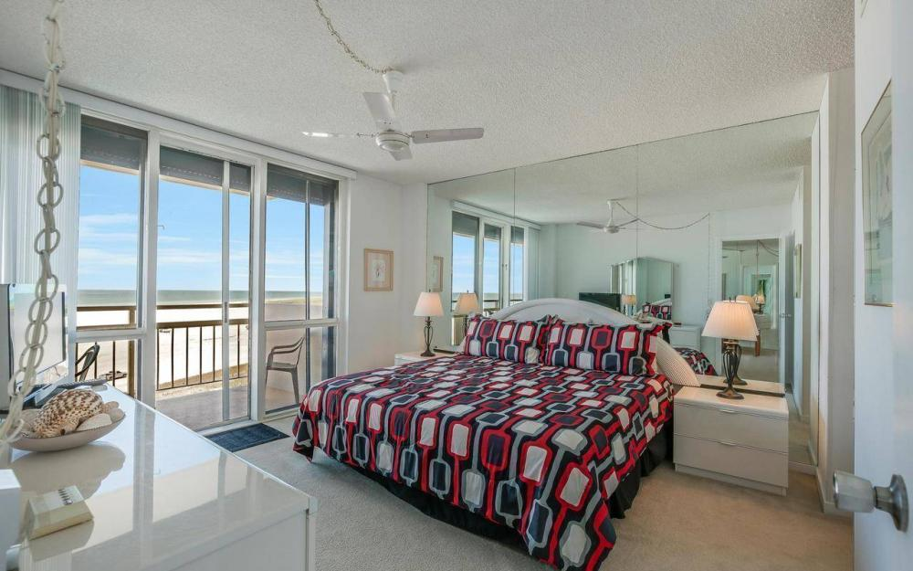 180 Seaview Ct #703, Marco Island - Condo For Sale 22702956