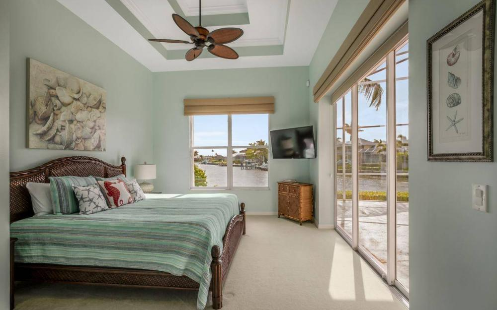153 Peach Ct, Marco Island - House For Sale 465007305
