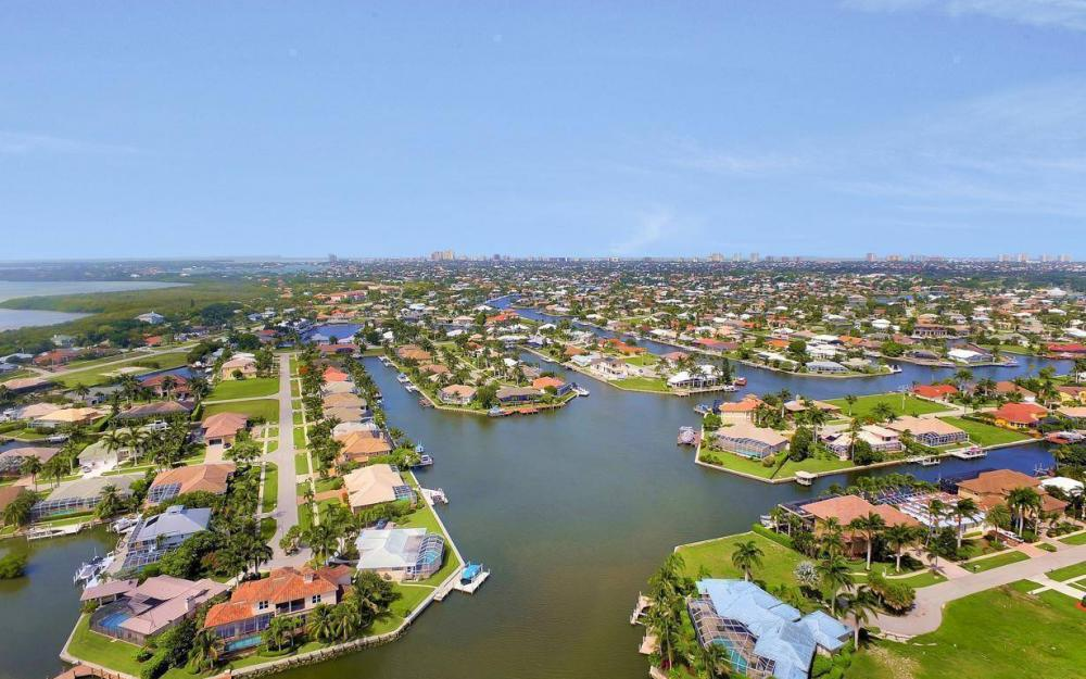 153 Peach Ct, Marco Island - House For Sale 1890593310