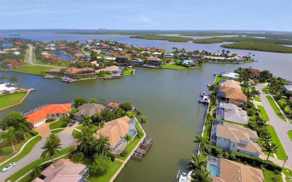 153 Peach Ct, Marco Island - House For Sale 516028412
