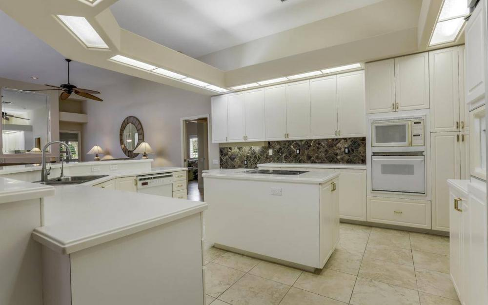 25070 Goldcrest Dr, Bonita Springs - House For Sale 234331036