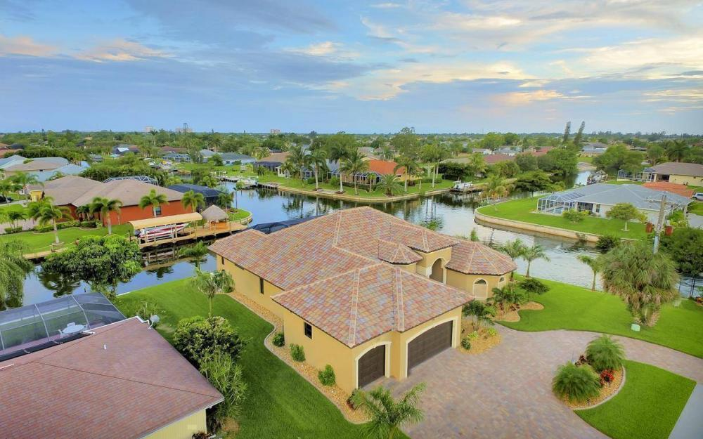 504 Mohawk Pkwy, Cape Coral - House For Sale 1344438179