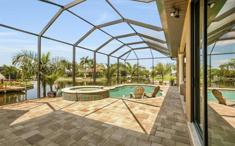 504 Mohawk Pkwy, Cape Coral - House For Sale 2009009407